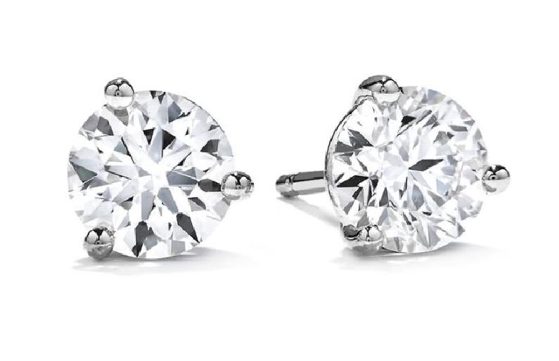 0.63ctw Hearts on Fire Diamond VS-SI Clarity; IJ Colour 18K White Gold Stud Earrings