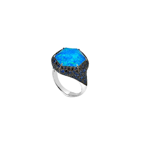 Stephen Webster Deco Haze Large Pave Black Opalescent Quartz Crystal Haze with 1.37ctw Black Diamonds and 1.97ctw Blue Sapphires  18K White Gold Ring - 3015218005